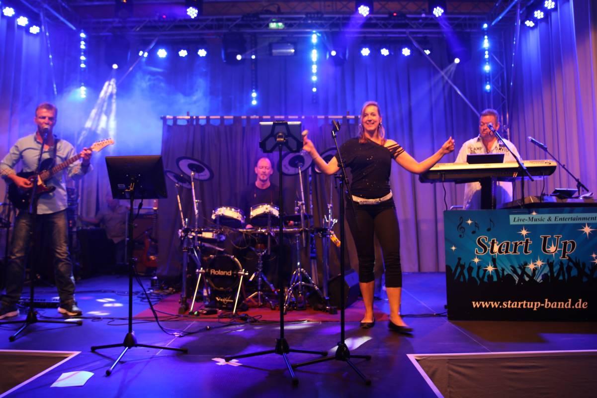 Hochzeitsbands Erstklassige Tanzmusik Und Partymusik